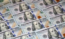 Hundert Dollar Amerikanerbanknoten Stockfotos