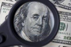 Hundert Dollar Dollar in den Vereinigten Staaten von Amerika Stockfotografie