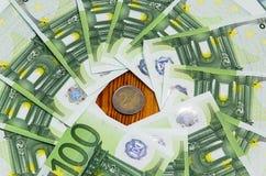Hundert Eurobanknoten Stockfoto