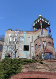 Hundertwasserhaus在陶努斯山麓巴德索登,德国 免版税库存照片