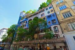 Hundertwassers hus arkivbild