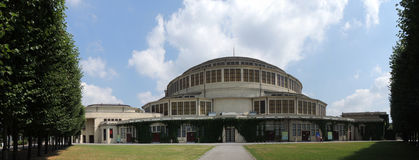 Hundraårs- Halln Wroclaw Arkivfoton