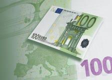 Hundra euroräkningcollage med grön signal Arkivbild