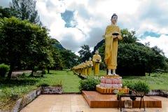 Hundra munk Arkivfoto
