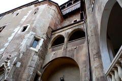 Hunedoara slott som kallas Corvin slott i Transilvania Arkivfoton