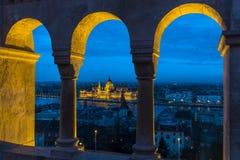 Hungarian parlament w Budapest przy zmierzchem Obrazy Royalty Free