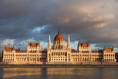 Hungarian parliament on sunset, Budapest Royalty Free Stock Photos