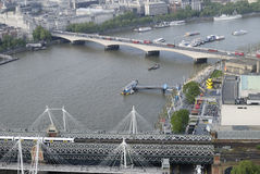 Hungerford u. Waterloo-Brücken. London. Großbritannien Lizenzfreie Stockbilder
