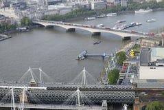 Hungerford y puentes de Waterloo. Londres. Reino Unido Imágenes de archivo libres de regalías