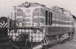 HUNGRÍA CIRCA an o 80 - locomotora diesel - motores - ferrocarril - tren -  V de Mà fotos de archivo libres de regalías