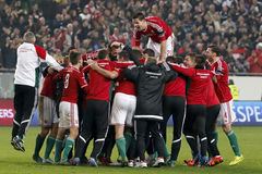 Hungria contra Países Baixos De Noruega do UEFA do Euro do qualificador do desempate fósforo 2016 de futebol Fotos de Stock Royalty Free
