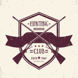 Hunting club vintage logo with crossed old rifles Royalty Free Stock Photos