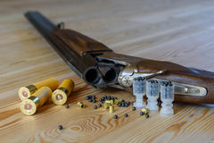 Hunting rifle and ammunition Stock Photography