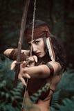 Huntress Амазонки направляя с смычком стоковое фото rf