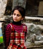 Hunza女孩画象全国服装的Karimabad巴基斯坦 免版税库存照片