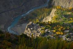 Hunza谷美好的风景在秋天季节的 库存图片