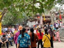 Huong pagodfestival Min Duc, Hanoi, Vietnam mars 2, 2019 arkivfoto