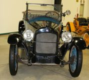 1917年Hupmobile古董车 免版税库存图片