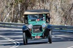 1915年Hupmobile N游览车 免版税库存图片