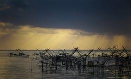 Hur man fiskar Fotografering för Bildbyråer