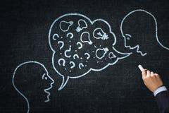 Hur man håller att gå för dialog Arkivbild