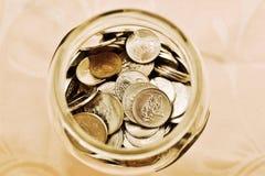 hur pengar sparar till Arkivbild