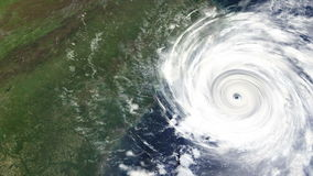 Huracán que golpea la costa este de los E.E.U.U. almacen de video