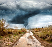 Huracán y camino inundado Fotos de archivo