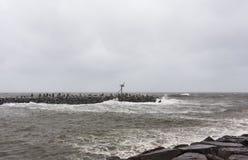 Huraganowi Sandy podejścia Nowi - dżersejowy brzeg obraz royalty free