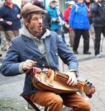Hurdy Gurda gracz W Galway Irlandia obraz royalty free