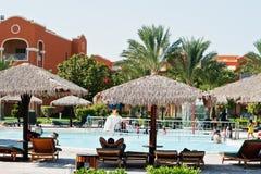 Hurghada, Ägypten -20 im August 2016: Luxus-Resort mit Pool und Lou Lizenzfreies Stockbild