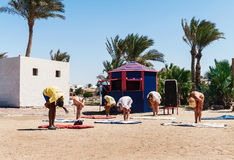 Hurghada Egipt, Październik, - 9, 2016 Turyści na animaci yo Zdjęcie Stock