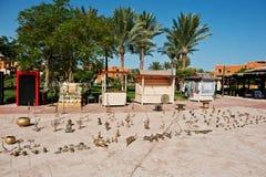 Hurghada, Egipto -20 agosto de 2016: Figuras de oro del metal Fotografía de archivo