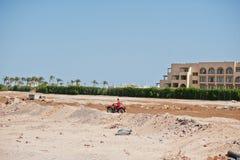Hurghada, Egipto -20 agosto de 2016: Jinete del safari de la motocicleta en Fotografía de archivo libre de regalías