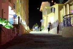 HURGHADA, EGYPT-DEKABR 20: Nachtansicht des sfinks Hotel territ Lizenzfreies Stockbild