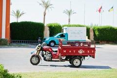 Hurghada, Egypte -20 en août 2016 : Tricycle de cargaison de Dy 200ZH de Dayun Image libre de droits