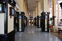 HURGHADA, EGYPTE - OKTOBER 14, 2013: Het tropische hotel van de luxetoevlucht op Rood Overzees strand Hurghada, Egypte Royalty-vrije Stock Foto