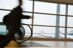 In a hurry at the airport Royalty Free Stock Photos