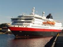 Hurtigruten en Lofoten Fotos de archivo libres de regalías