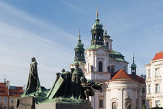 hus 1月雕象 老布拉格方形城镇 免版税库存图片