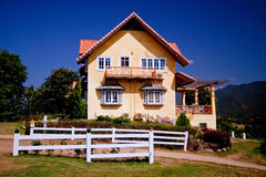 Hus av apelsinen royaltyfria foton
