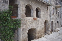Hus av beträffande Manfrì, Castel Trosino Royaltyfria Foton