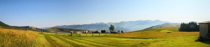 Hus av herdar i berg Fotografering för Bildbyråer