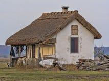 Hus av herdar på den ungerska öknen royaltyfri foto