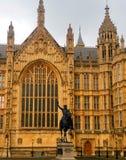 Hus av parlamentet och Richard Coeur De Lion Fotografering för Bildbyråer