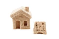 Hus av sand symbol royaltyfri bild