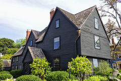 Hus av sju gavlar Salem Royaltyfri Fotografi