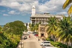Hus av under i stenstaden, Zanzibar stad, Tanzania Fotografering för Bildbyråer