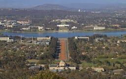 Hus för för Canberra krigminnesmärke och parlament Fotografering för Bildbyråer