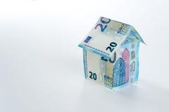 20 hus för eurosedel 2015 Arkivbild